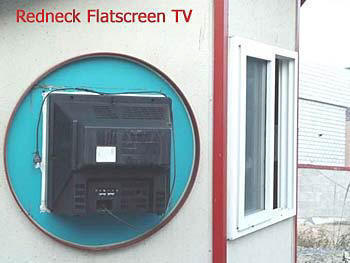 redneck_flat_screen_tv.jpg