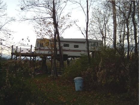 redneck_trailer1.jpg